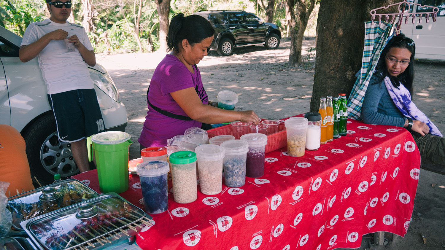 Lady selling halo halo